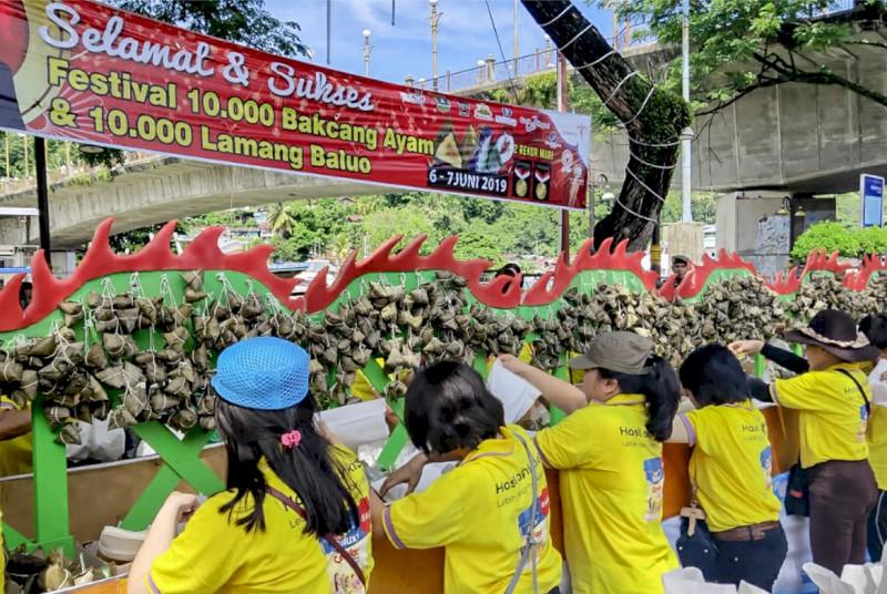 Festival Ba'acang &Lamang Baluo dan Lomba Selaju Sampan Badunsanak