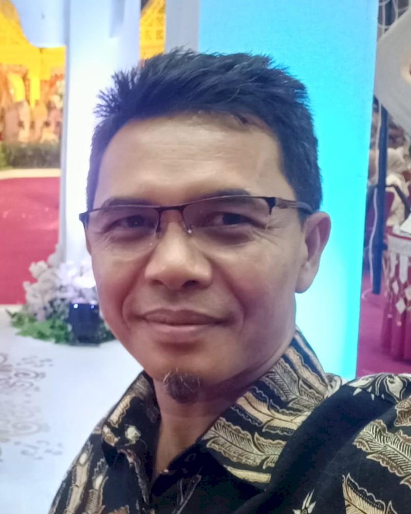 Sekretaris Dinas Pariwisata Kota Padang  ( SYAFRIADI, SE. )
