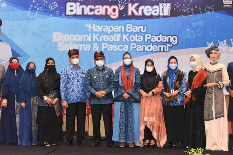 Bincang Kreatif dan Launching Batik Kajang Padati, Wako Hendri Septa Optimis Ekonomi Bangkit PascaPandemi